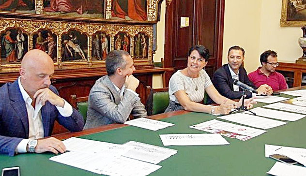 """Rassegna Stampa 2018: Piazza Yenne e Corso Vittorio Emanuele scenario di """"International Wine & Food Festival"""""""